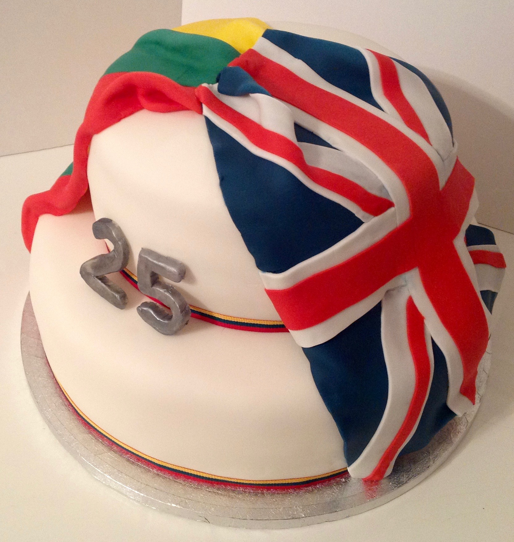 Lithuanian British 25th Anniversary two-tier celebration flag cake