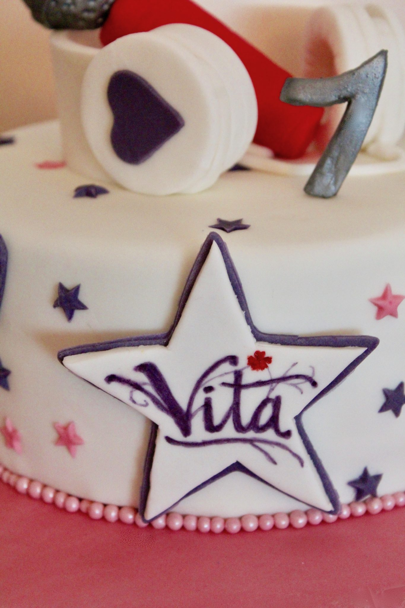 Violetta Musical Birthday Cake