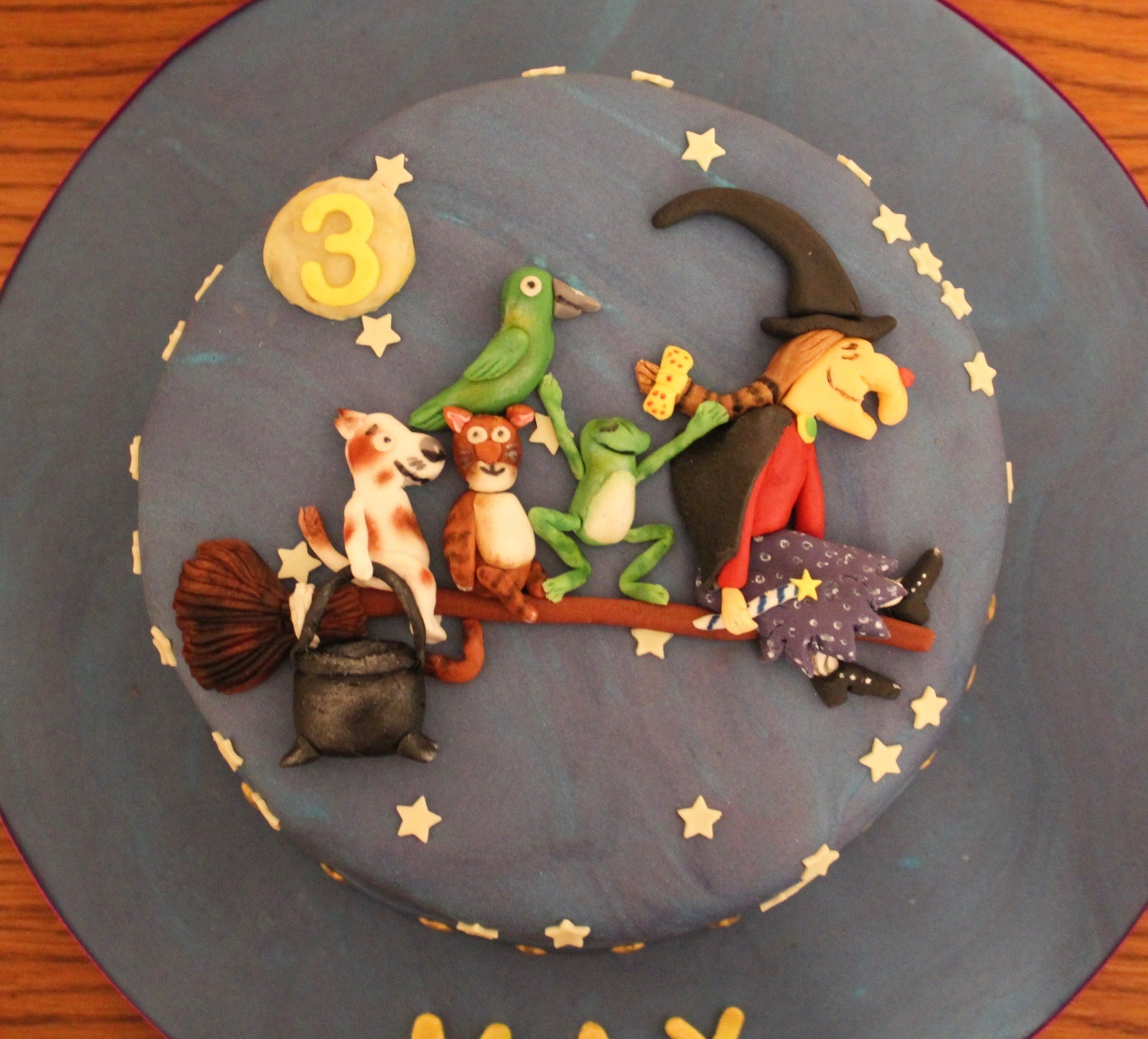 Room on the Broom Birthday Cake